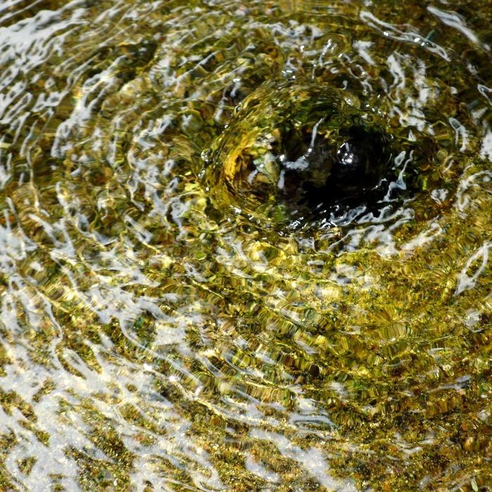 7 護摩屋敷の水2.jpg